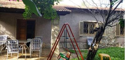 Venta Casa En Ciudad Jardin A Reciclar , Desarrollada En Una Planta, 4 Ambientes, 3 Dormitorios, 1 Baño Completo, Parrilla, Entrada Para Auto. F: 7922