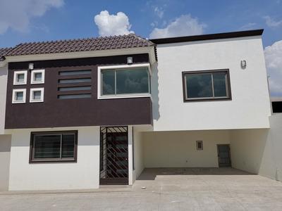 Hermosa Casa En Toluca, Cacalomacan.