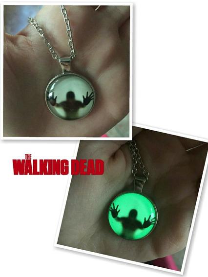 Colar The Walking Dead Zumbi Brilha No Escuro