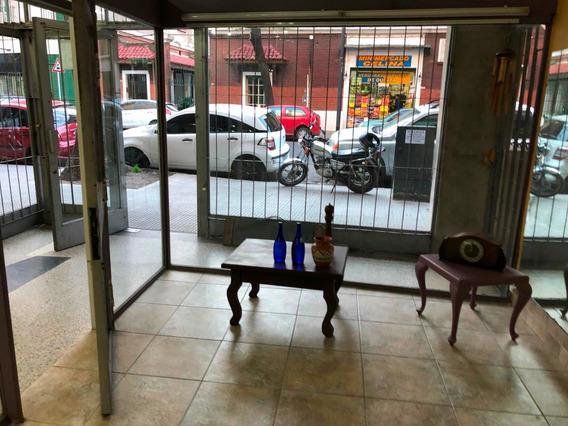 Flores Yerbal 2248, Caba / Local Galería A La Calle Alquiler