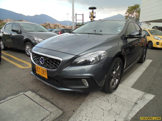 Volvo V40 T5 Cross Country 2.5 At