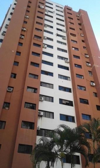 Venta De Apartamento En Las Chimeneas Bg418091