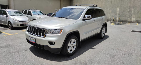 Jeep Gran Cherokee Laredo 4x4 2012
