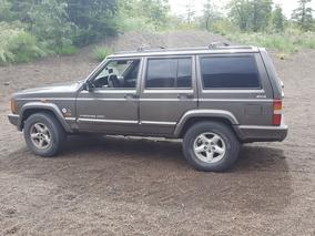 Jeep Cherokee 2.5 Classic Turbo Diesel 2000. Excelente.