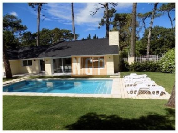Hermosa Casa En Paradas-ref:21882