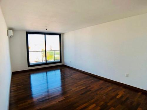 Venta Apartamento 3 Dormitorios Pocitos Ná Pali