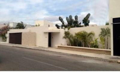 Venta De Residencia En Benito Juarez Norte De Un Piso