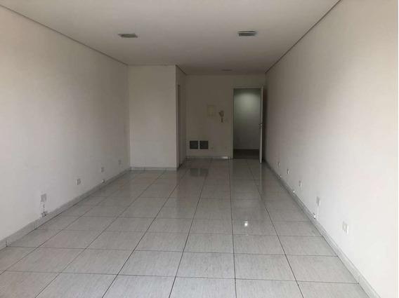 Imóvel Comercial Em Granja Viana, Cotia/sp De 63m² Para Locação R$ 1.000,00/mes - Ac334006