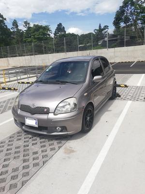 Se Vende Toyota Yaris T-sport 2004