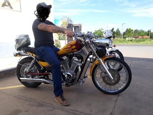Suzuki - Intruder 800cc *** A T E N Ç Ã O **(ler Descrição)