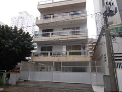 Aluga-se Anual Apartamento 3 Dormitórios, 1 Vaga, Rua 236, Meia Praia - 1133
