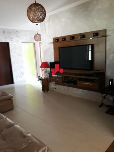 Imagem 1 de 15 de Chacara  Com  3 Dormitórios Sendo 2 Suítes, Churrasqueira, Piscina E 45 Vagas, No Atibaia. - Pe29116
