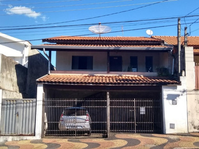 Casa Em Jardim Santana, Valinhos/sp De 278m² 3 Quartos Para Locação R$ 2.700,00/mes - Ca220423