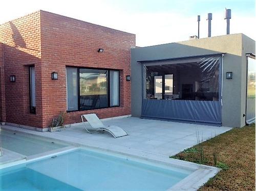 Imagen 1 de 14 de Venta Casa De Diseño Excelente Calidad - Altos De Campo Gde