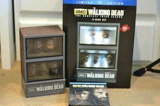 Gift Set Blu Ray Walking Dead Aquário Governador Terceira Tp