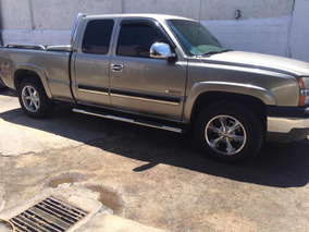 Chevrolet Silverado 5.3 Pickup Silverado 2500 At 2003