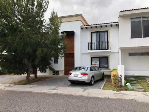 Se Renta Hermosa Casa En Lomas De Santa Fe Juriquilla