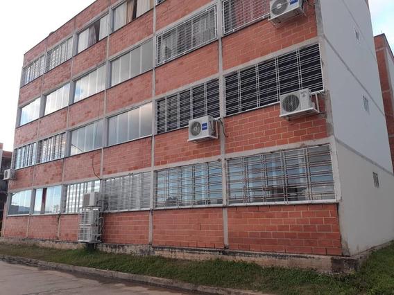 Apartamento En Venta En La Ciudadela 04243341848