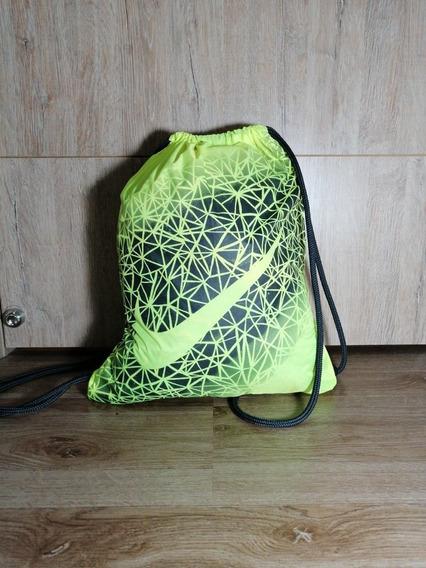 Tula Verde Lima Nike