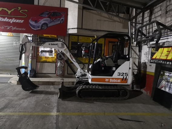 Mini Excavadora Menos De 1600 Horas Flamante
