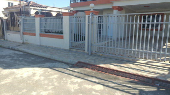 Casa De Renta De Lujo Primer Nivel Yapur Dumit Santiago