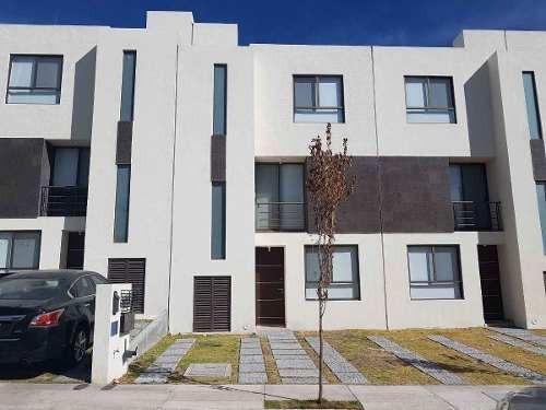 Renta Casa En Privada Con Alberca El Mirador Querétaro