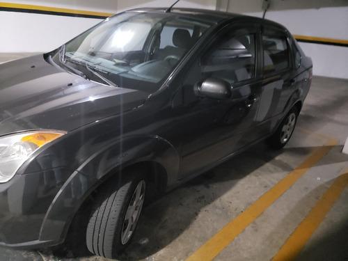 Imagem 1 de 8 de Ford Fiesta Sedan 1.6