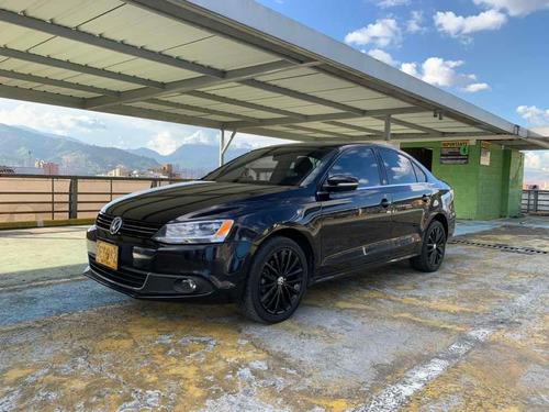 Volkswagen New Jetta Confortline Tp 2011