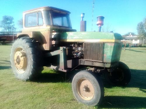 Tractor John Deere Modelo 3530