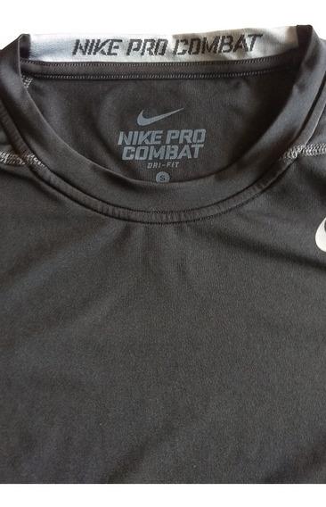 Playera Nike Pro Combat Negra