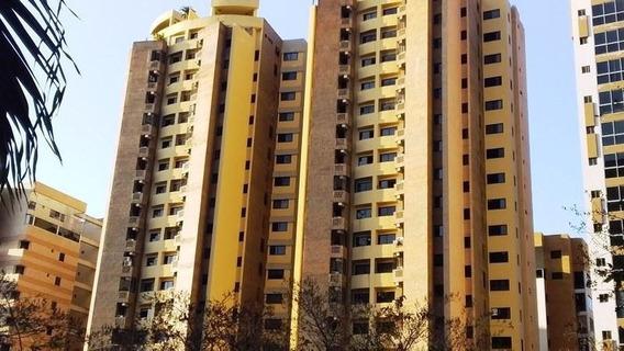 Apartamento En Venta En La Trigaleña Valencia 206935 Gav