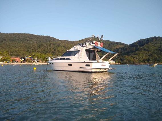 Lancha Intermarine 32 Pés
