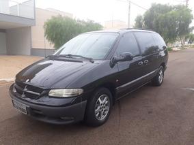 Chrysler Grand Caravan 3.3 Le