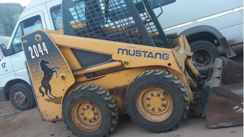 Minicargadora Mustang 2044 2007