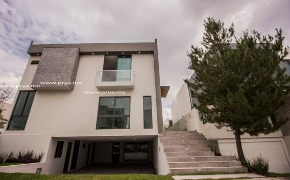 Casa En Venta En Puerta Las Lomas