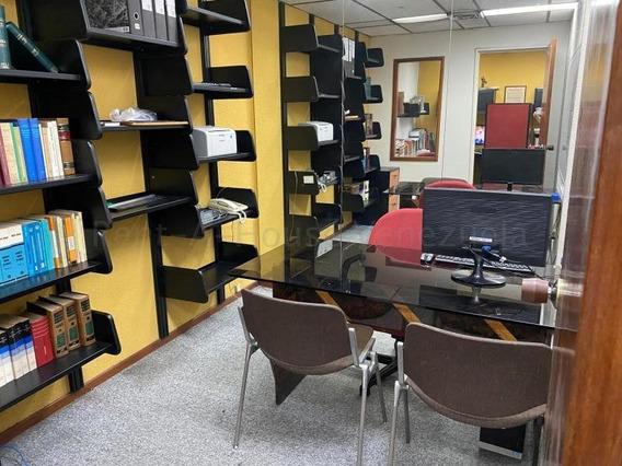 Oficina En Alquiler Chuao Gina Briceño 20-8221