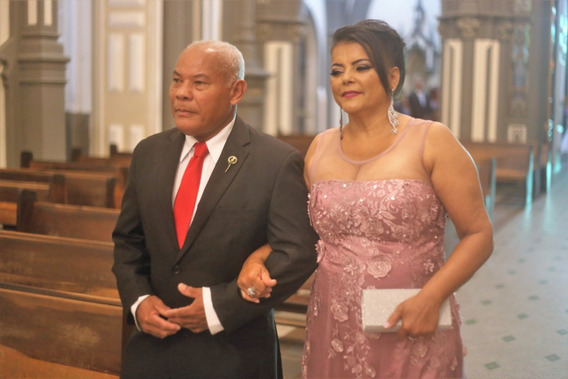 Vestido De Luxo Pra Casamento Pra Madrinha Ou Mãe De Noivos