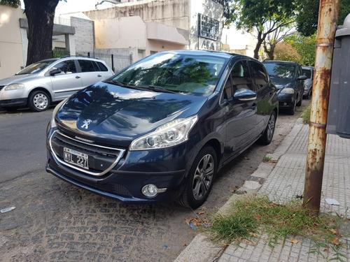 Peugeot 208 Modelo Feline Año 2013