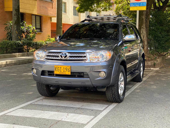 Toyota Fortuner Mc 4x4 Gasolina 2010