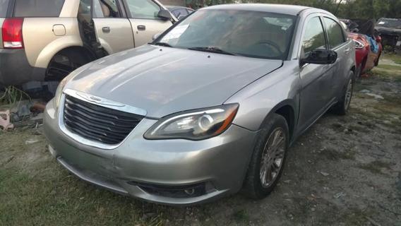 Chrysler 200 2013 ( Partes Y Refacciones ) 2011 - 2014