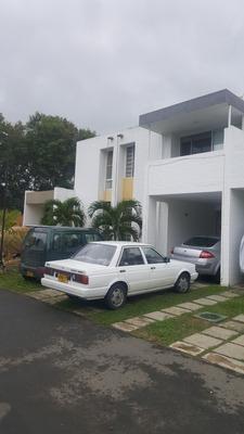 Casa Campestre En Jamundí. Conjunto Familiar. Oportunidad