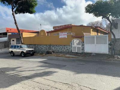 Local Comercial En La Trinidad 423mt2 Venta 04143246502