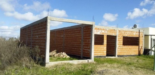 Venta Casa A Terminar 2 Dormitorios En Melchor Romero