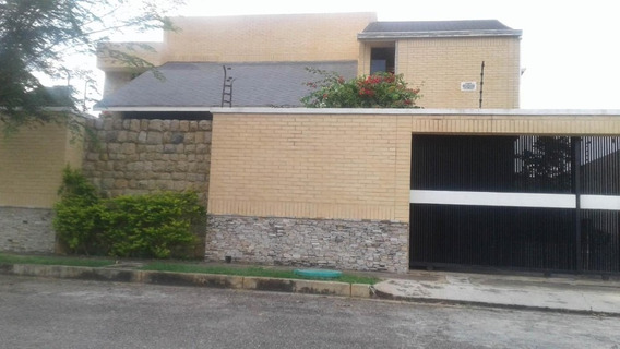 Casa En Venta Altos De Guataparo, Valencia Cod 20-8133 Ddr