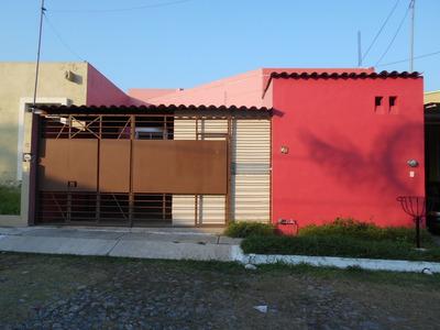 Casa En Renta En Residencial Real Santa Bárbara