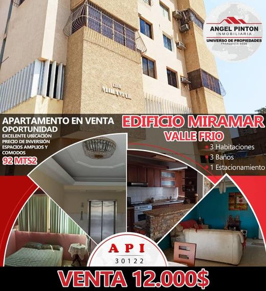 Apartamento En Venta, Edificio Miramar Valle Frío K.v.