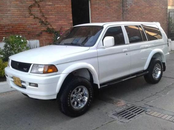 Mitsubishi Nativa 4x4 Automatica Techo