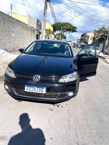 Imagem 1 de 5 de Volkswagen Jetta 2014 2.0 Comfortline Flex 4p Automática