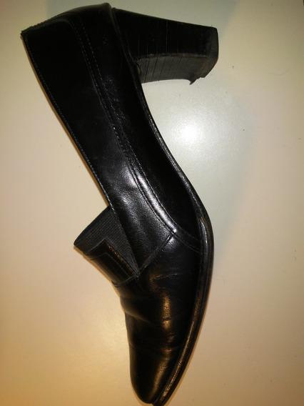 Zapatos De Cuero Negro. Numero 36. Paez