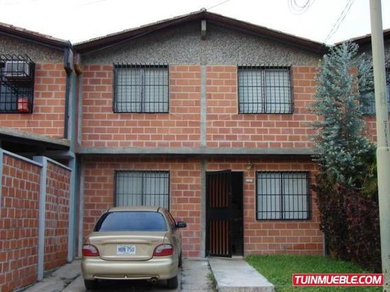 Cm 18-7931 Casas En Venta Guatire, El Ingenio